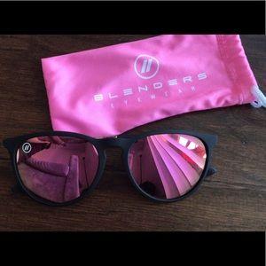 Accessories - Blenders women's sunglasses
